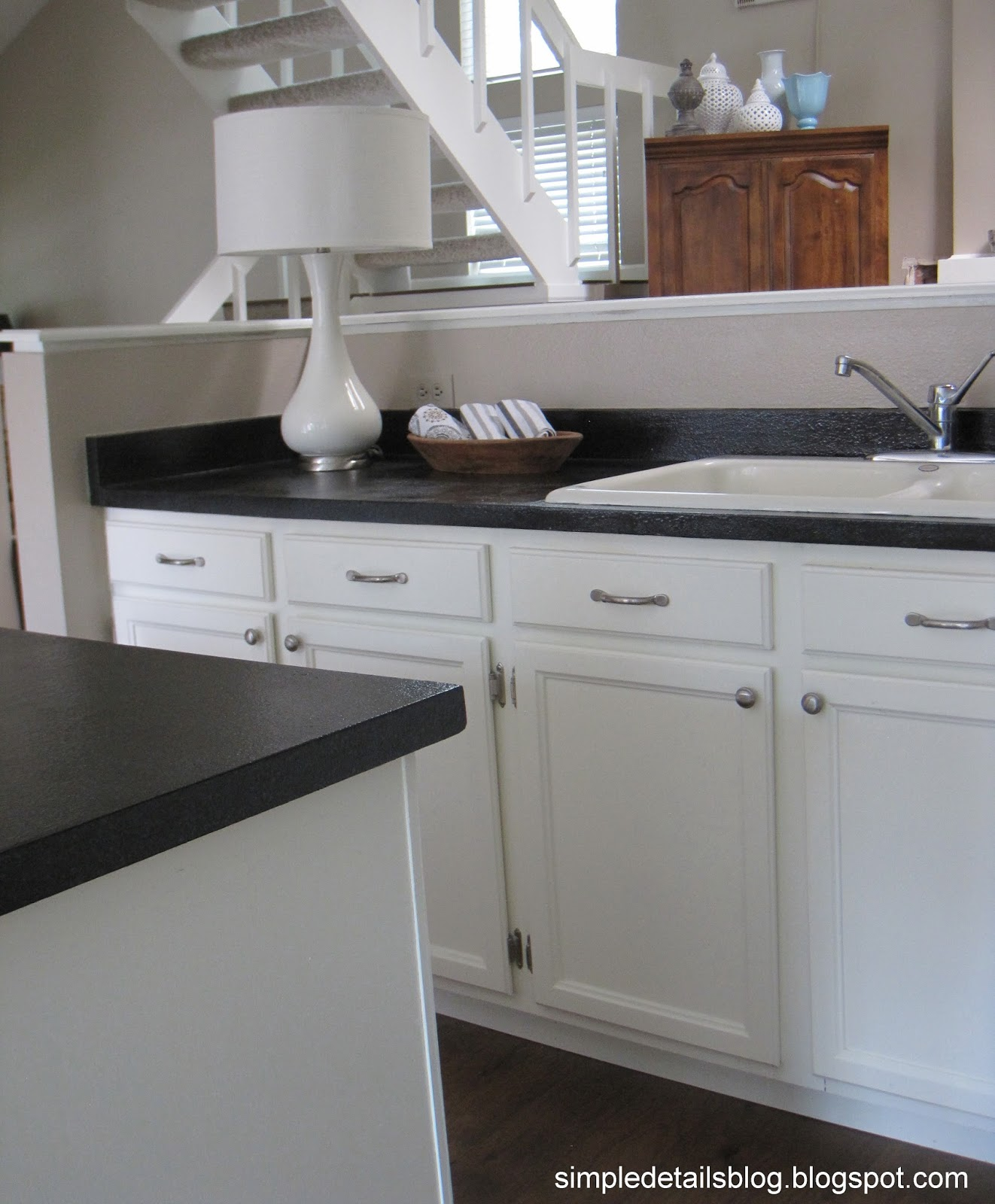Home Makover: Simple Details: 80's Tract Home Kitchen Makeover