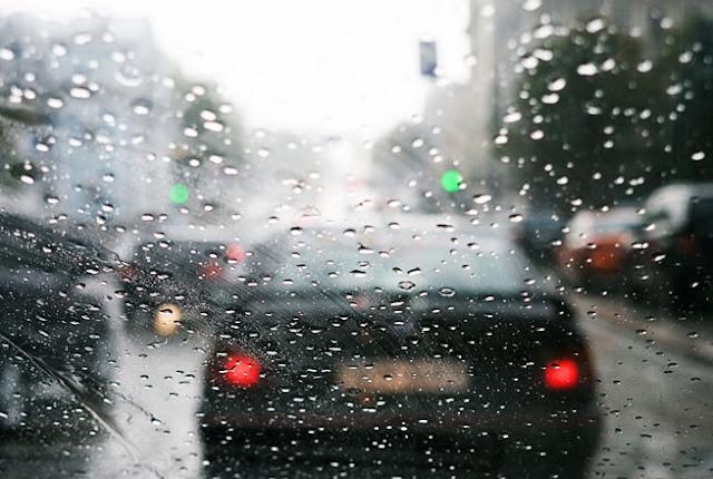 Tips Mengemudi Pada Saat Hujan