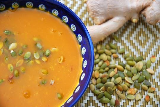 Zupa dyniowa ze świeżym imbirem