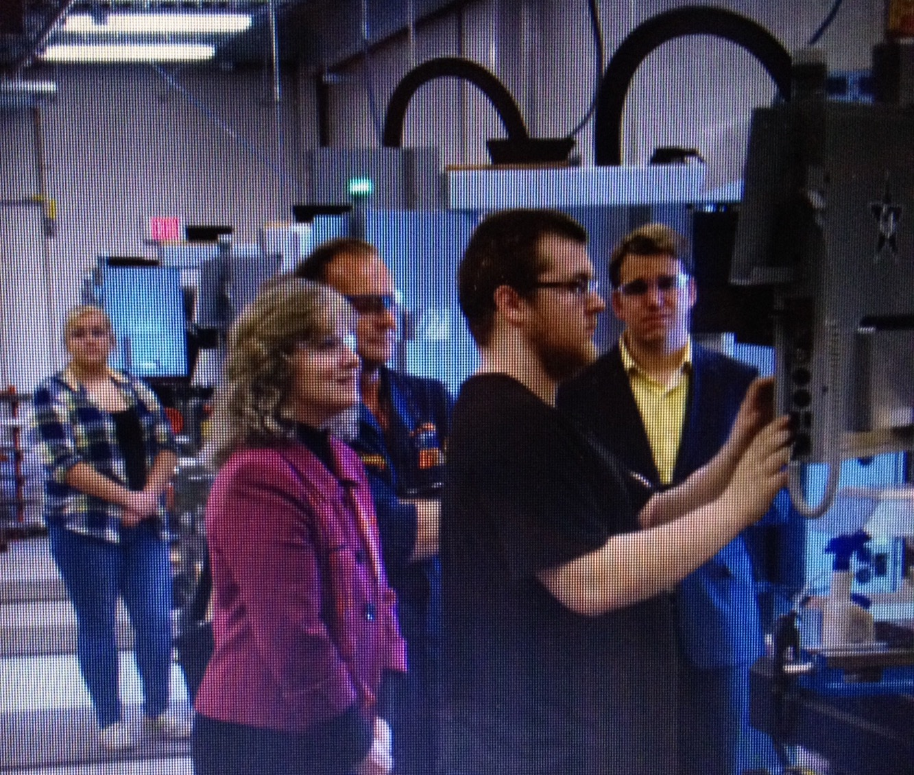 Glenda Ritz touring our lab