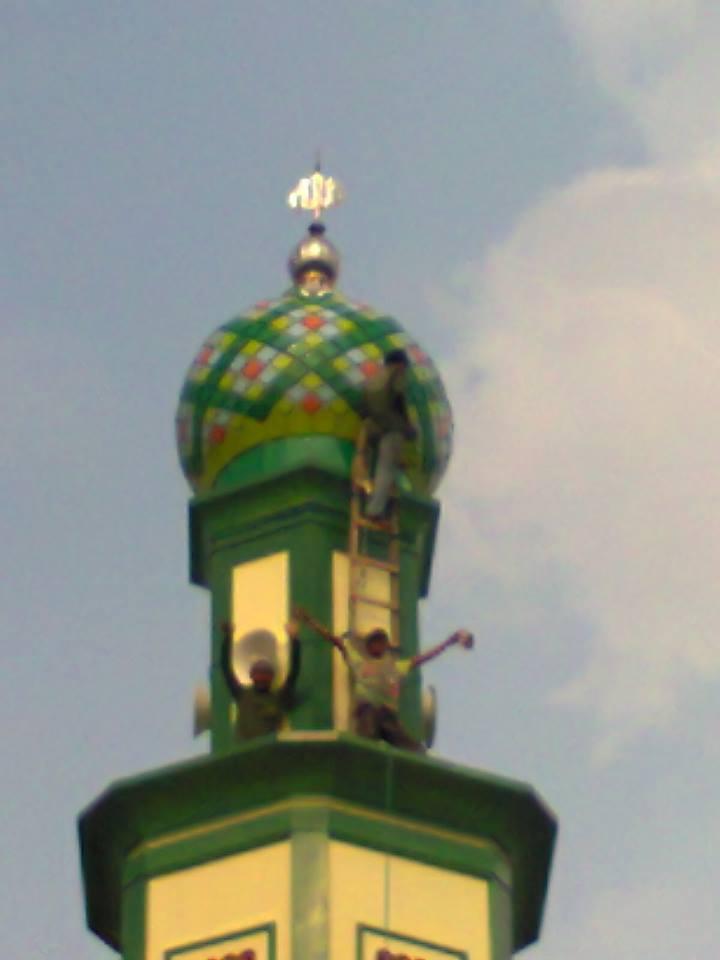 masjid agung kubah emas masjid raya