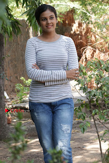 Tamil Actress Chandini Tamilarasan Latest Pos in Ripped Jeansat Ennodu Vilayadu Press Meet  0055.jpg