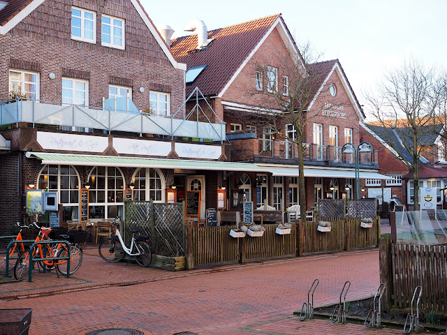 Langeoog, Barkhauser Str, restaurant, winter