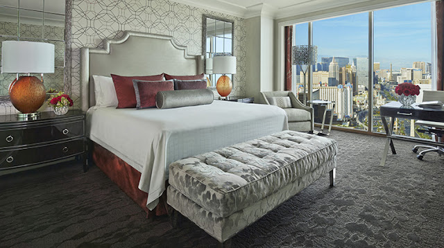 Hidden among the sparkle and excitement of the city that never sleeps, Four Seasons Hotel Las Vegas offers a tranquil retreat for the world traveler.