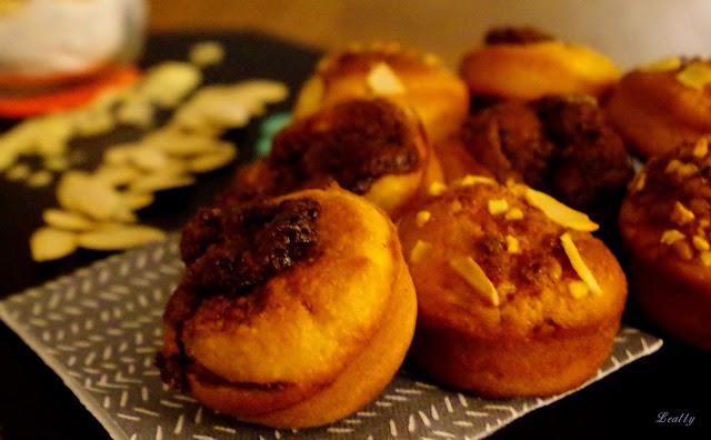 http://leally.blogspot.fr/2015/11/muffins-au-potiron-et-nutella.html
