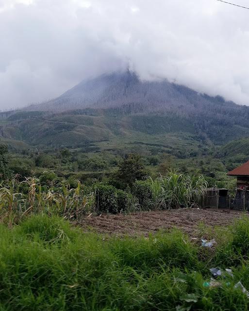 Gunung Sinabung Tidak Erupsi, Yuk Ke Danau Lau Kawar