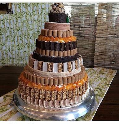bolo festa junina diferente estiloso divertido bonito elegante junino quermese aniversario casamento quadrilha guloseimas paçoca pé de moleque doce andares