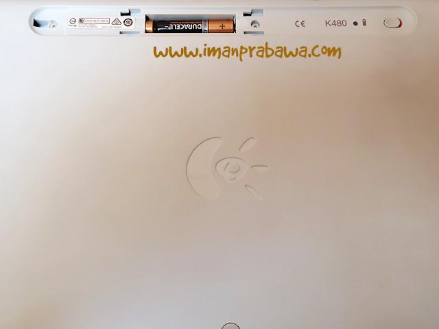 Tampak Belakang Bluetooth Keyboard Logitech K480