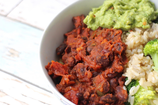 Spicy tomato black beans recipe