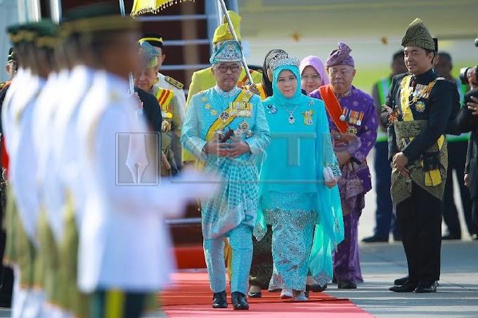 Daulat Tuanku - Sultan Pahang Kini Bergelar Yang di-Pertuan Agong Ke-16