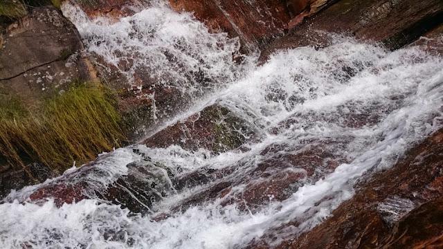 Cachoeiras bem agradáveis da Almégecas II.
