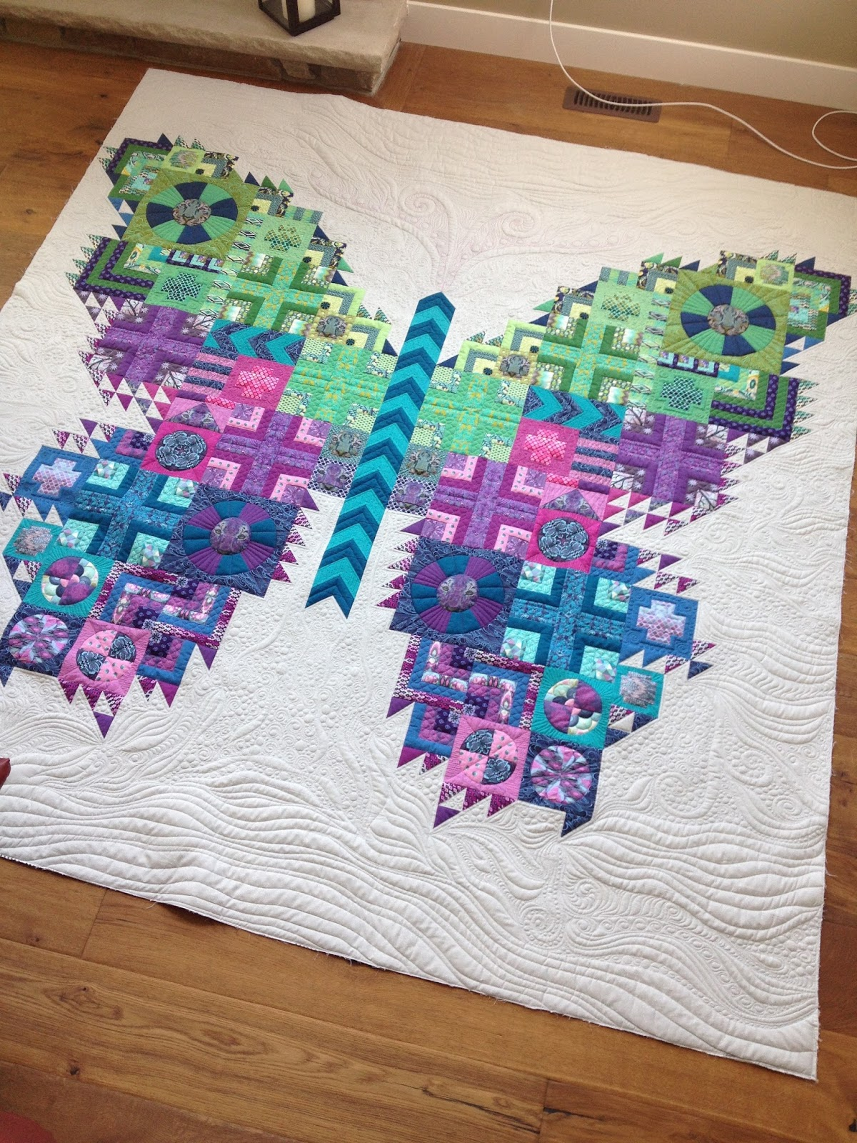 Urban Quiltworks: The Tula Pink Butterfly Quilt - pic heavy : quilt quilt quilt - Adamdwight.com