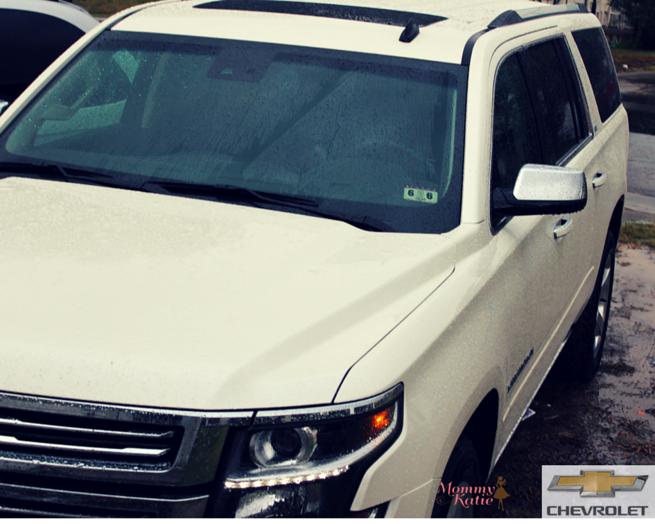 Plan your Holiday Travel with the 2015 Chevrolet Suburban