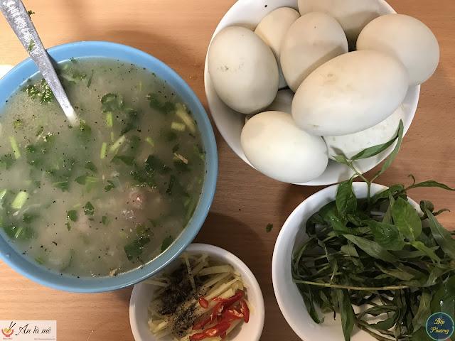 [Bếp Phượng kể 73] - Món ăn bổ dưỡng gồm cháo tim gà và trứng vịt lộn | Bếp Phượng tại Mátxcơva
