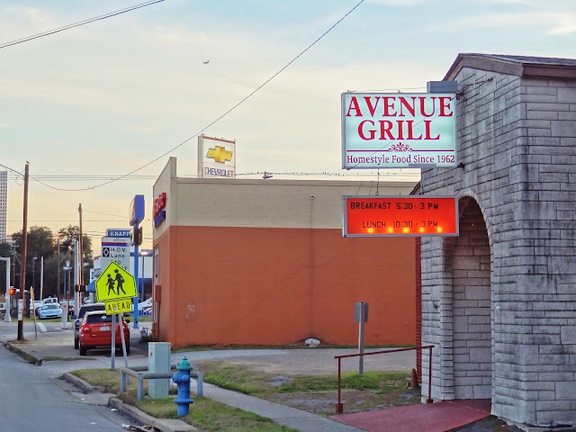 Avenue Grill 1017 Houston Ave, Houston, Texas 77007 Knapp Chevrolet