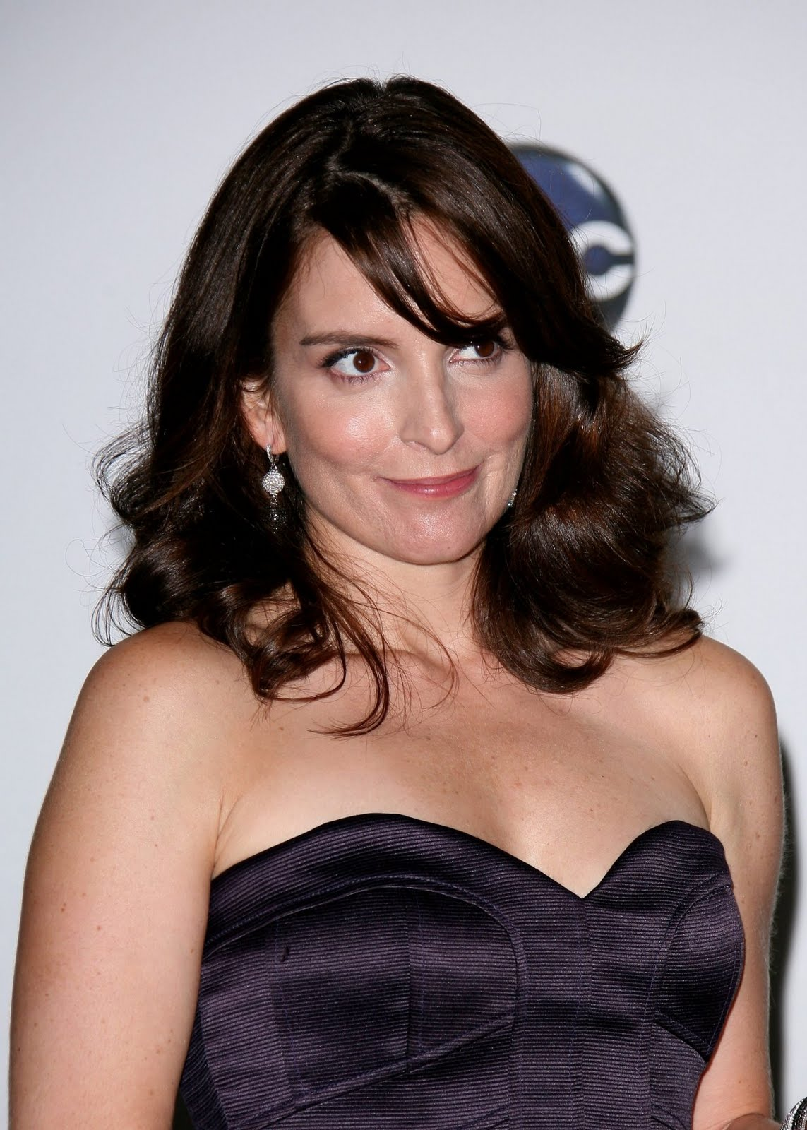 Hairstyle For You Celebrity Tina Fey Medium Length