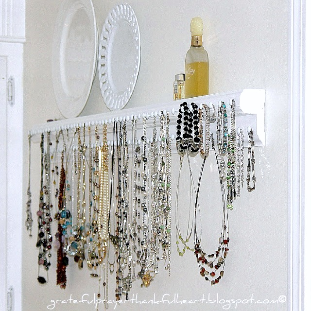 Necklace and Jewelry Organizer Grateful Prayer Thankful Heart