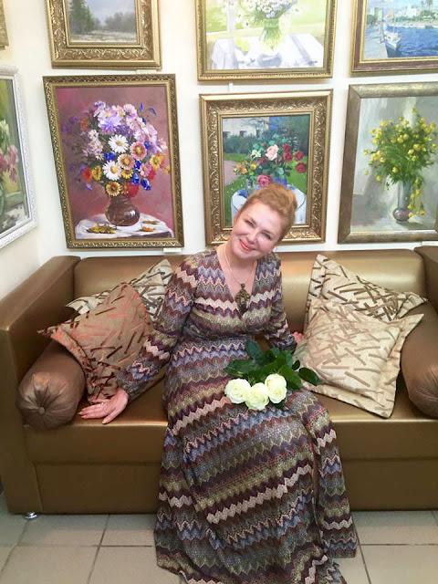 Спустя год после открытия арт-салона у его хозяйки Лариса Вячеславовны Леже не меньше планов и проектов, чем было вначале. Сергиев Посад