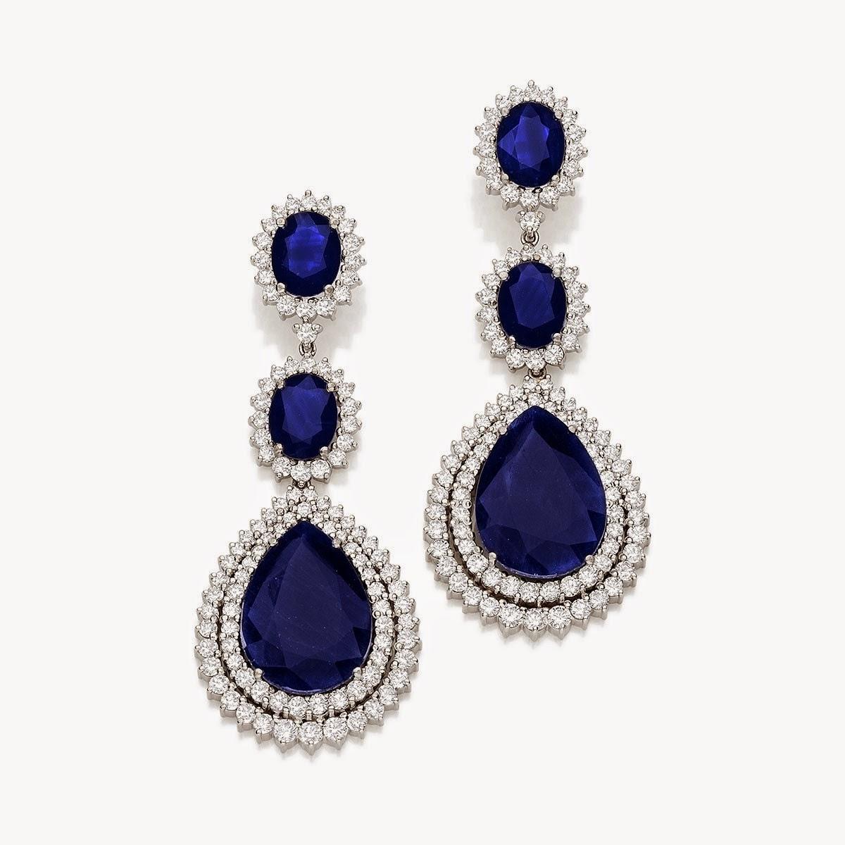 Quer uma dica  Então aqui vai. Pedras negras como ônix, ou joias banhadas  no ródio e as azuis como safiras acompanhadas de diamante branco são a nova  ... 46543b648f