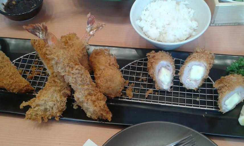 Shrimp fry set at Saboten