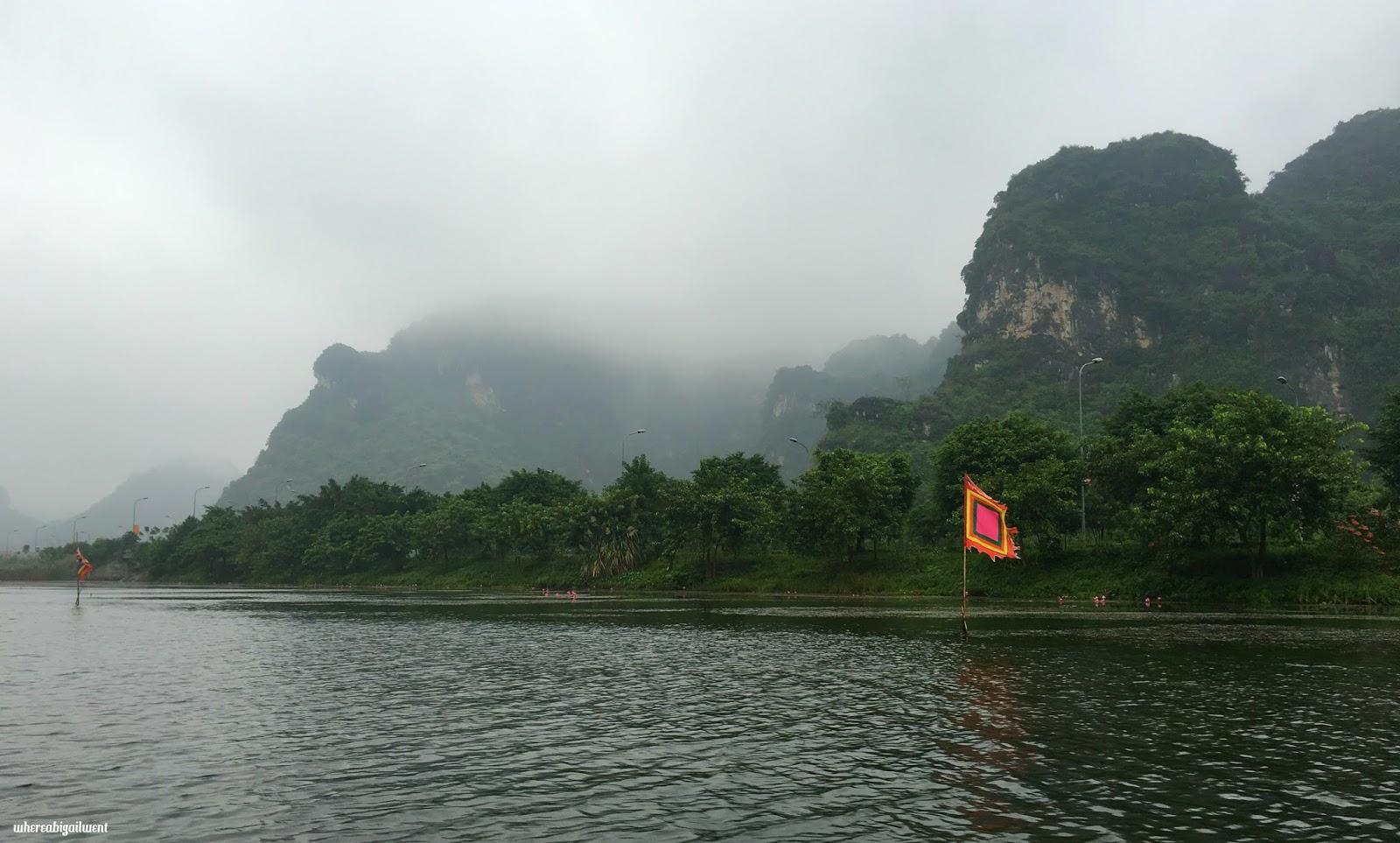 Trang An Landscape Complex Rowboat Tour