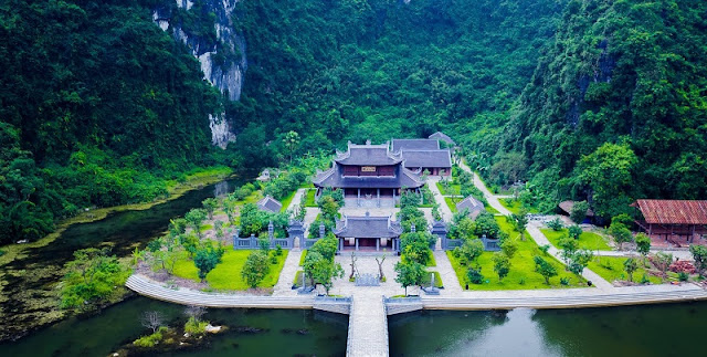 2 days to wander about enjoying beautiful sceneries in Ninh Binh 3