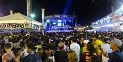 Em Penedo/AL, Anitta, Xand Avião e Gabriel Diniz estarão na festa de Bom Jesus de Penedo em janeiro de 2019