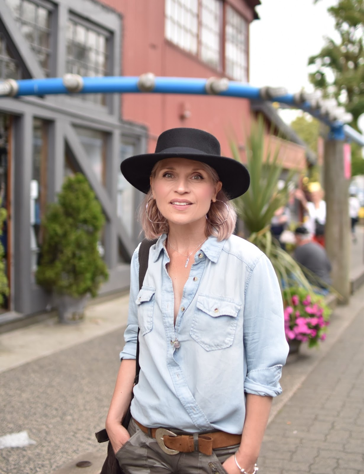 Monika Faulkner personal style inspiration - camo pants, chambray shirt, Lucky Brand bowler hat