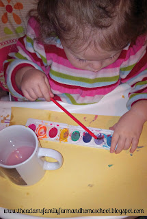 Using watercolors in toddler school