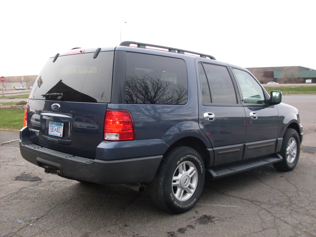 Ride Auto: 2006 Expedition blue