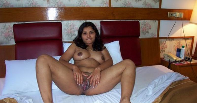 Cute huge boobs northindian girl enjoyed with her singh bf 2
