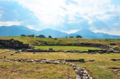 Ολοκληρώθηκε το έργο ανάδειξης του αρχαίου θεάτρου Μαντινείας