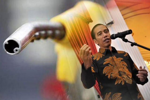 Harga BBM Kembali Naik Diam-Diam, Pengamat: Jokowi Panik Bayar Utang
