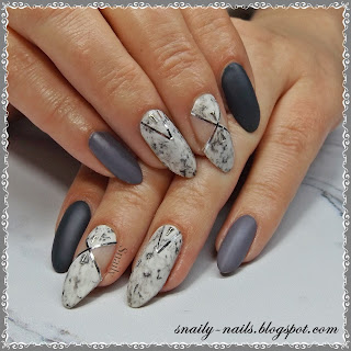 http://snaily-nails.blogspot.com/2017/05/marmurek-w-szarosciach.html
