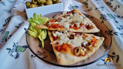 Pizza z łososiem