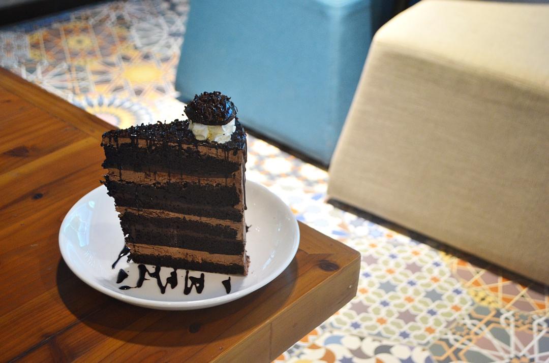 SMOQUE-BOHOL-CEBU-BLOGGER-ALMOSTABLOGGER-CAFE.jpg