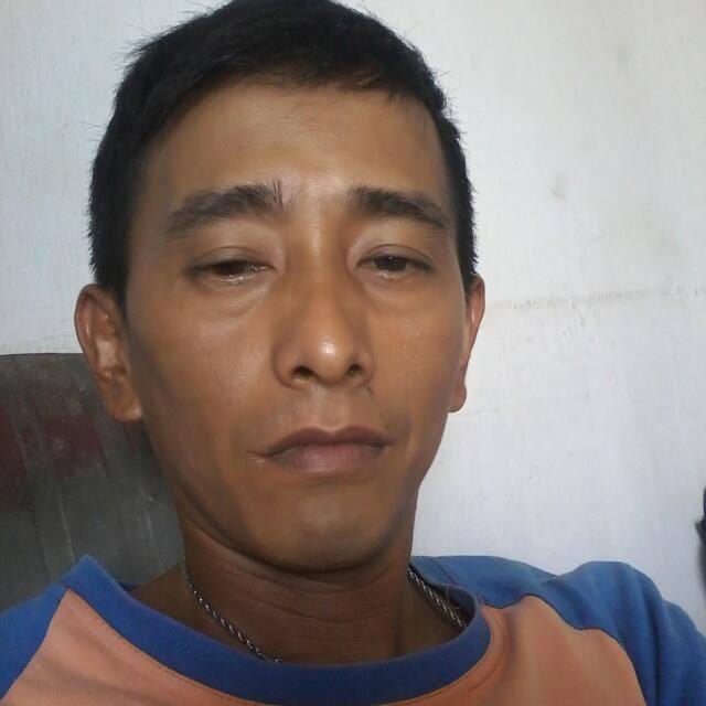 Tony Seorang Duda Beragama Buddha Berprofesi Mandor Tambak Di Kota Medan Sumatera Utara Mencari Jodoh Pasangan Perempuan Untuk Jadi TTM (Teman Tapi Mesra)
