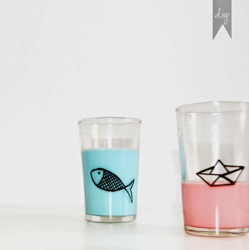 Diy c mo personalizar tus vasos para una mesa de - Vasos para cumpleanos infantiles ...