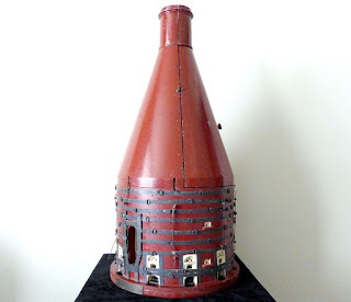 Gladstone Pottery Museum model downdraught bottle oven by Howlett 1977