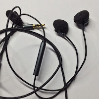Remax RM-733 Semi-In Ear Earphone Review | ishopiuseireview.com