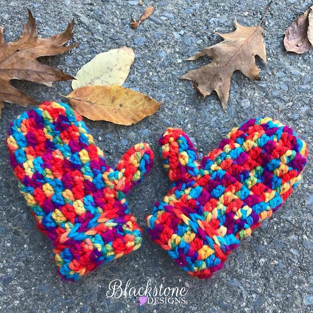 http://www.blackstone-designs.com/2017/10/friday-mittens.html