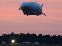 Ini Dia Pesawat Terbesar di Dunia Airlander 10 yang Sukses Jalani Uji Terbang