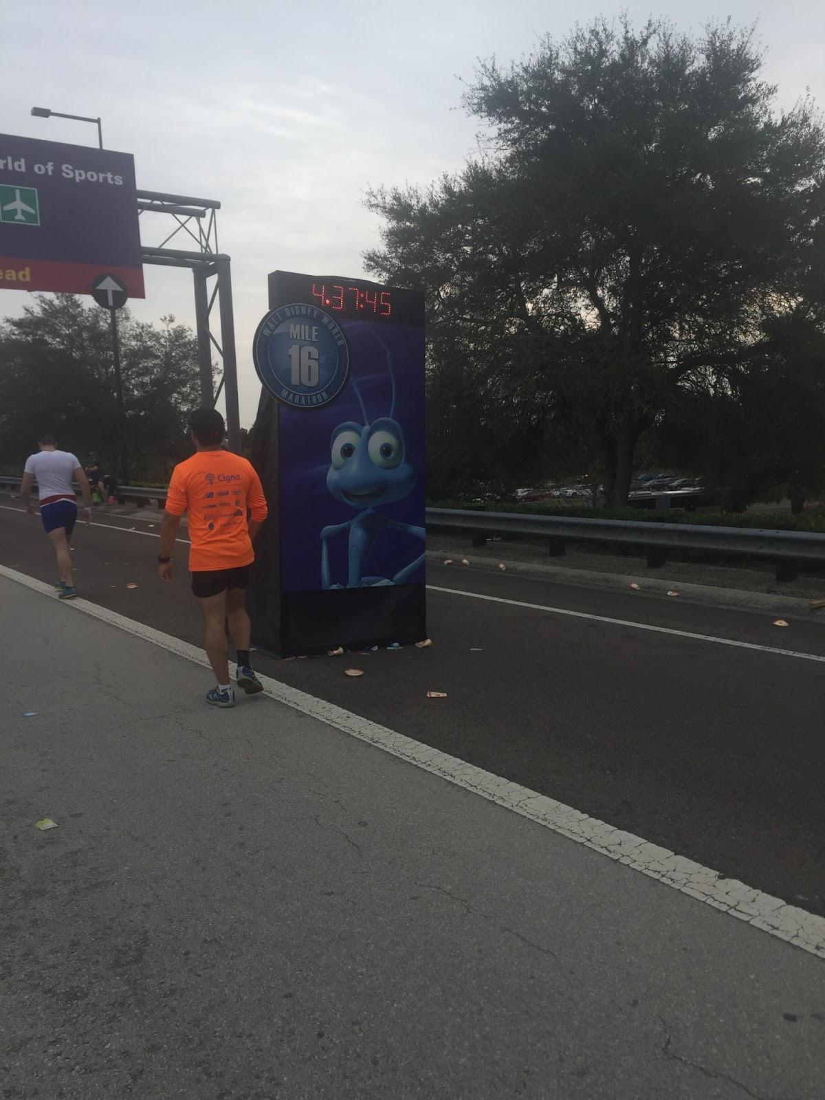 Dopey Challenge Mickey Marathon 2016 Mile 16