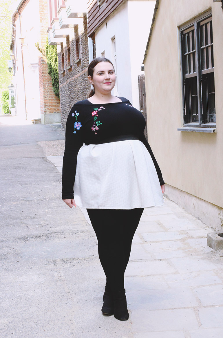 Plus size casual outfit