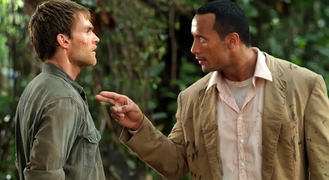 Dwayne Johnson şi Seann William Scott în The Rundown (2003)