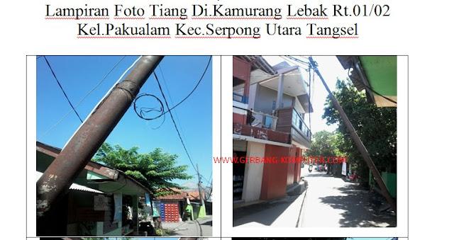 Menulis laporan atau surat pengaduan tiang telkom yang rusak lengkap