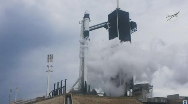 SpaceX 1st Historic Manned Launch Aborted Minutes Before Liftoff