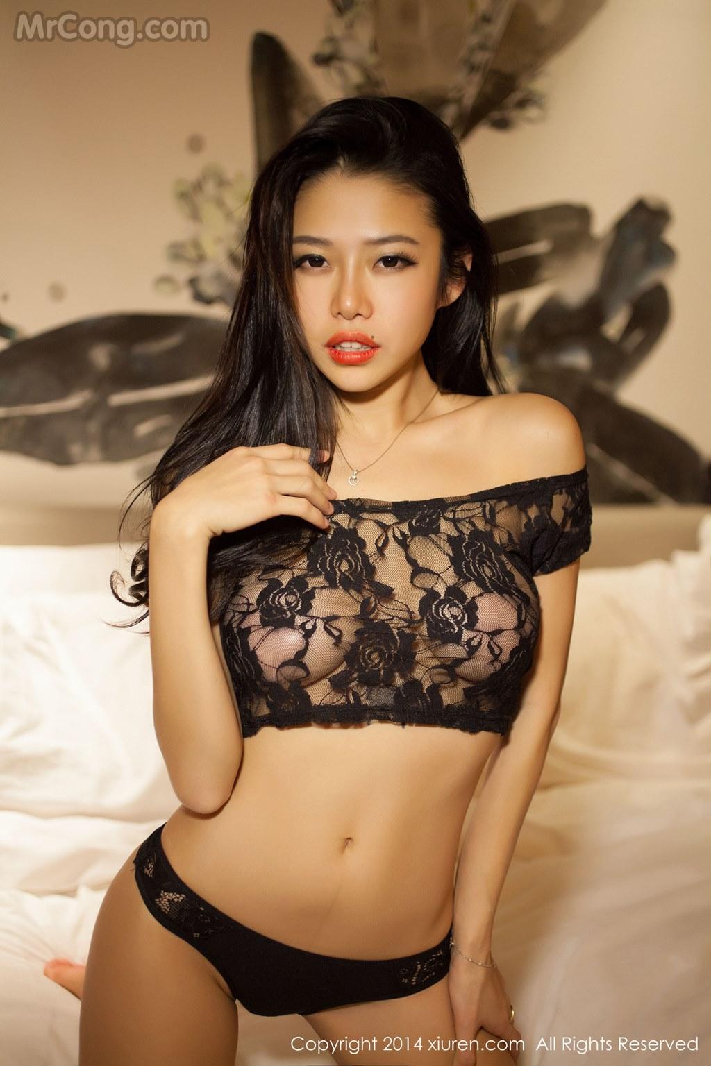 Image MrCong.com-XIUREN-No.105-Luvian-Ben-Neng-009 in post XIUREN No.105: Người mẫu Luvian (本能) (67 ảnh)
