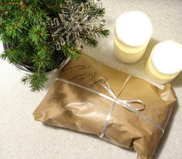 Joulu, jouluperinne, pikkujoulu, pikkujoululahja, joulukuu,