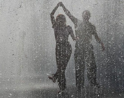 صور حب جميلة تحت المطر من عشاق (HD خلفيات)